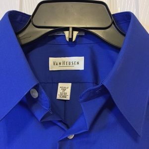 Van Heusen Long Sleeve Blue Button Down Shirt